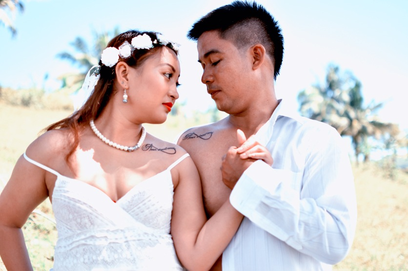 Mandex and Janette Prenuptial Photos in Barili